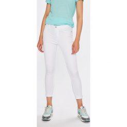 Broadway - Spodnie Jane. Szare spodnie materiałowe damskie Broadway, z bawełny. W wyprzedaży za 89.90 zł.