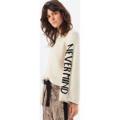 Sweter - Kremowy. Białe swetry damskie Reserved. Za 119.99 zł.