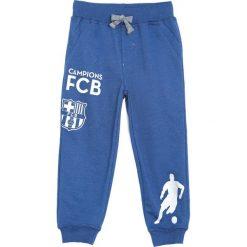 Ciemnoniebieskie Spodnie Dresowe My Friend. Niebieskie spodnie sportowe dla chłopców Born2be, z dresówki. Za 49.99 zł.