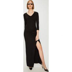 Answear - Sukienka Watch Me. Szare sukienki damskie ANSWEAR, z dzianiny, casualowe. W wyprzedaży za 89.90 zł.