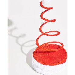 Świąteczna czapka - Czerwony. Czerwone czapki i kapelusze damskie Sinsay. Za 12.99 zł.