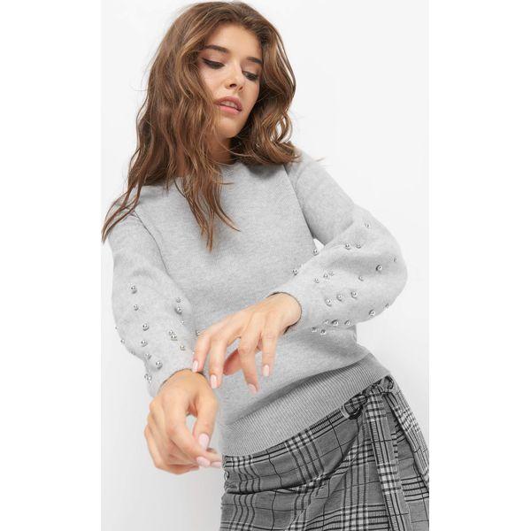 48b20ba14b8995 Nietoperzowy sweter z perłami - Szare swetry damskie marki Orsay, z ...