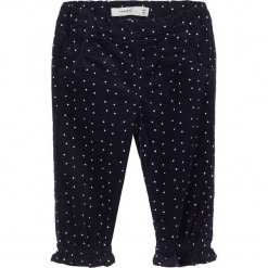"""Spodnie sztruksowe """"Rose"""" w kolorze granatowym. Niebieskie spodnie materiałowe dla dziewczynek Name it Baby, z aplikacjami, ze sztruksu. W wyprzedaży za 42.95 zł."""