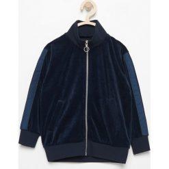 Aksamitna bluza - Granatowy. Bluzy dla chłopców marki Reserved. W wyprzedaży za 29.99 zł.