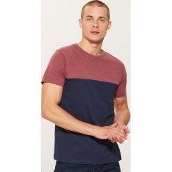 T-shirt z łączonych materiałów - Granatowy. Niebieskie t-shirty męskie House, z materiału. Za 35.99 zł.