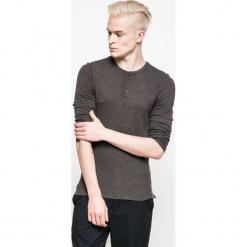 Medicine - Longsleeve Urban Utility. Czarne bluzki z długim rękawem męskie MEDICINE, z bawełny, z okrągłym kołnierzem. W wyprzedaży za 59.90 zł.