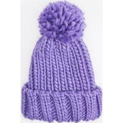 Czapka - Fioletowy. Fioletowe czapki i kapelusze damskie Reserved. Za 49.99 zł.