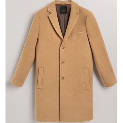 Płaszcz z wełną - Beżowy. Brązowe płaszcze męskie Reserved, z wełny. Za 499.99 zł.