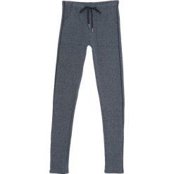 Ciemnoszare Spodnie Dresowe Evenness. Szare spodnie dresowe damskie Born2be, z dresówki. Za 39.99 zł.