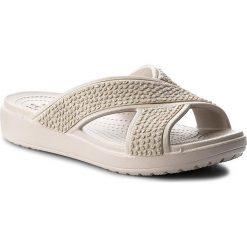Klapki CROCS - Crocssloane Embellished Xstrap 204084 Platinum. Szare klapki damskie Crocs, z materiału. W wyprzedaży za 149.00 zł.