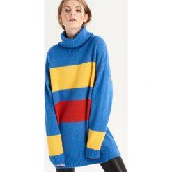Sweter w kolorowe paski - Wielobarwn. Szare swetry damskie Sinsay. Za 79.99 zł.