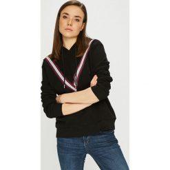 Vero Moda - Bluza. Czarne bluzy damskie Vero Moda, z aplikacjami, z bawełny. Za 129.90 zł.