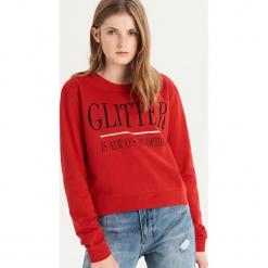 Bluza z napisem - Czerwony. Bluzy damskie marki Sinsay. W wyprzedaży za 24.99 zł.