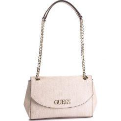 Torebka GUESS - HWSG71 78210 BLS. Brązowe torebki do ręki damskie Guess, z aplikacjami, ze skóry ekologicznej. Za 559.00 zł.