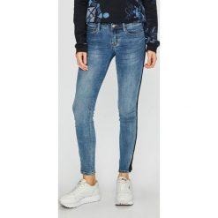 Tally Weijl - Jeansy. Niebieskie jeansy damskie TALLY WEIJL. Za 149.90 zł.