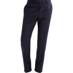 JOOP! BLAYR Spodnie garniturowe dark blue. Eleganckie spodnie męskie JOOP!, z materiału. W wyprzedaży za 356.95 zł.