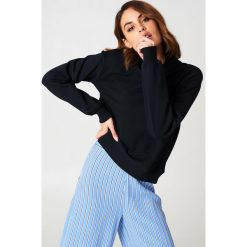 NA-KD Basic Bluza basic - Black. Czarne bluzy damskie NA-KD Basic, z dresówki. Za 100.95 zł.