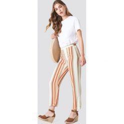 Trendyol Spodnie w paski - Multicolor. Szare paski damskie Trendyol, w paski. W wyprzedaży za 56.78 zł.