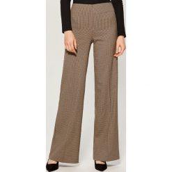 68e3dfec0ad452 Spodnie i legginsy damskie ze sklepu Mohito - Kolekcja lato 2019 ...