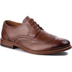 Półbuty CLARKS - James Wing 261348797 British Tan Leather. Brązowe eleganckie półbuty Clarks, ze skóry. Za 759.00 zł.