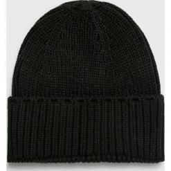 Review - Czapka. Czarne czapki i kapelusze męskie Review. W wyprzedaży za 49.90 zł.