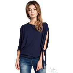 Bluzka rozcięte rękawy bee-036. Niebieskie bluzki damskie BEE, z jeansu, z krótkim rękawem. Za 109.90 zł.