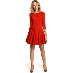 Czerwona Wizytowa Sukienka z Zakładkami przy Dekolcie. Czerwone sukienki damskie Molly.pl, z tkaniny, wizytowe. Za 111.90 zł.