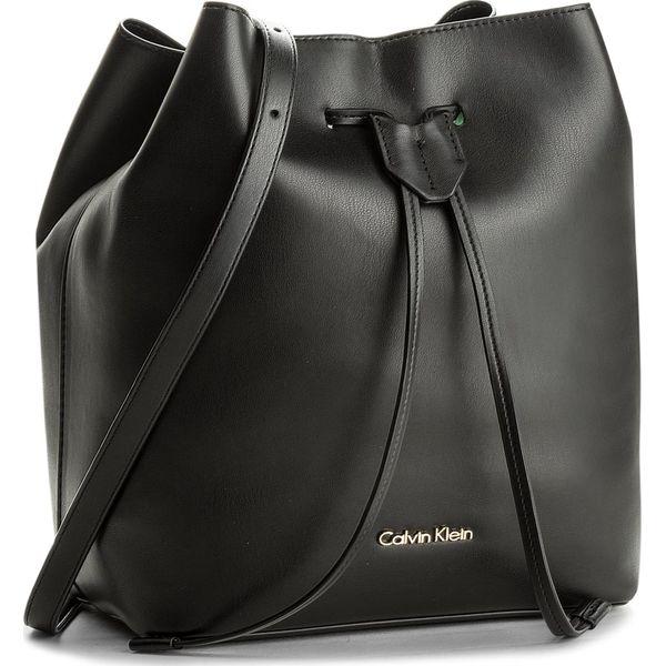 59a8f9f2ea510 Torebka CALVIN KLEIN BLACK LABEL - Rev Medium Bucket K60K603981 001 ...