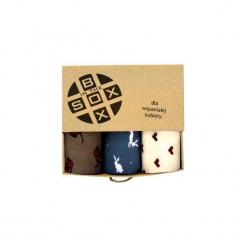 Box dla Wspaniałej Kobiety - Skarpetki. Brązowe skarpety damskie Sox in the box, w kolorowe wzory, z bawełny. Za 80.00 zł.