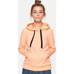 Bluza kangurka - Pomarańczowy. Brązowe bluzy damskie Cropp. Za 59.99 zł.