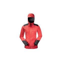 Kurtka turystyczna MH900 WTP damska. Czerwone kurtki damskie QUECHUA, na zimę, z elastanu. Za 399.99 zł.