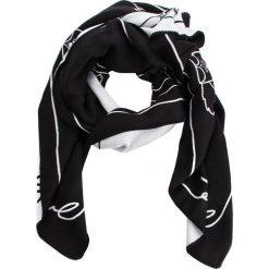 Szal KARL LAGERFELD - 86KW3905 Black. Białe szaliki i chusty damskie KARL LAGERFELD, z materiału. Za 1,129.00 zł.
