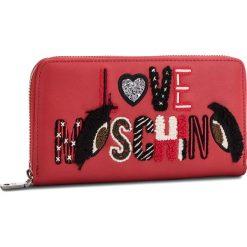 Duży Portfel Damski LOVE MOSCHINO - JC5591PP06KM0500  Rosso. Czerwone portfele damskie Love Moschino, ze skóry ekologicznej. Za 439.00 zł.