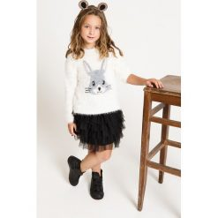 Blukids - Sweter dziecięcy 98-128 cm. Swetry dla dziewczynek Blukids, z dzianiny, z okrągłym kołnierzem. W wyprzedaży za 59.90 zł.