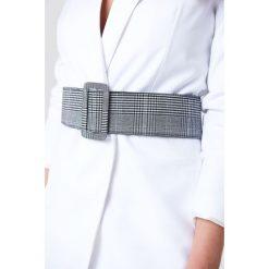 NA-KD Accessories Pasek w kratkę - Black,White,Multicolor. Białe paski damskie NA-KD Accessories, w kratkę. Za 80.95 zł.