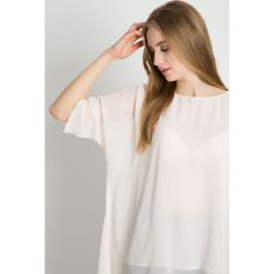 Lekka bluzka w kolorze ecru BIALCON. Szare bluzki damskie BIALCON, z tkaniny, eleganckie, z asymetrycznym kołnierzem. Za 195.00 zł.