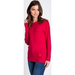 Malinowy sweter z ozdobnym splotem QUIOSQUE. Różowe swetry damskie QUIOSQUE, na jesień, ze splotem, z okrągłym kołnierzem. W wyprzedaży za 49.99 zł.