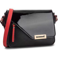 Torebka MONNARI - BAG9460 Black With Red 005. Czarne listonoszki damskie Monnari, ze skóry ekologicznej. W wyprzedaży za 149.00 zł.