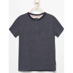 T-shirt z kieszonką - Granatowy. Niebieskie t-shirty dla chłopców Reserved. Za 39.99 zł.