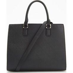 Duża torebka z odpinanym paskiem - Czarny. Czarne torebki do ręki damskie Reserved. Za 149.99 zł.