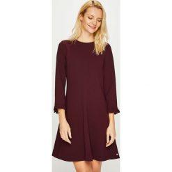 Tommy Hilfiger - Sukienka. Brązowe sukienki damskie Tommy Hilfiger, z dzianiny, casualowe. Za 649.90 zł.