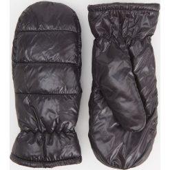 Puszyste rękawiczki z jednym palcem - Czarny. Czarne rękawiczki damskie Reserved. Za 49.99 zł.