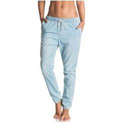 Roxy Spodnie Easy Beachy Denim J Pant Light Blue S. Spodnie dresowe damskie Roxy, z bawełny. W wyprzedaży za 179.00 zł.