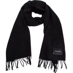 Szal CALVIN KLEIN - Classic Wool Scarf W K60K604720 001. Czarne szaliki i chusty damskie Calvin Klein, z materiału. Za 279.00 zł.