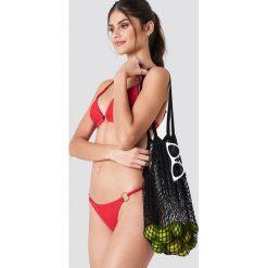 J&K Swim X NA-KD Dół bikini z okrągłym detalem - Red. Czerwone bikini damskie J&K Swim X NA-KD, w paski. Za 52.95 zł.