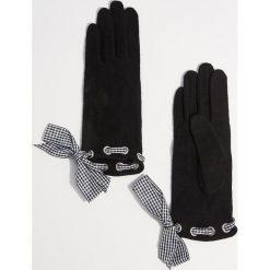 Wełniane rękawiczki - Czarny. Czarne rękawiczki damskie Mohito, z wełny. Za 49.99 zł.