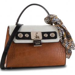 Torebka GUESS - HWCG71 82180 COGNAC MULTI. Białe torebki do ręki damskie Guess, z aplikacjami, ze skóry ekologicznej. Za 649.00 zł.