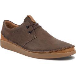 Półbuty CLARKS - Oakland Lace 261353937 Dark Brown Leather. Brązowe półbuty na co dzień męskie Clarks, z materiału. W wyprzedaży za 319.00 zł.