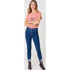 Rut&Circle T-shirt My Own Back - Pink. Różowe t-shirty damskie Rut&Circle, z nadrukiem, z bawełny. Za 80.95 zł.