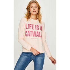 Answear - Bluza Watch Me. Szare bluzy damskie ANSWEAR, z nadrukiem, z bawełny. Za 119.90 zł.